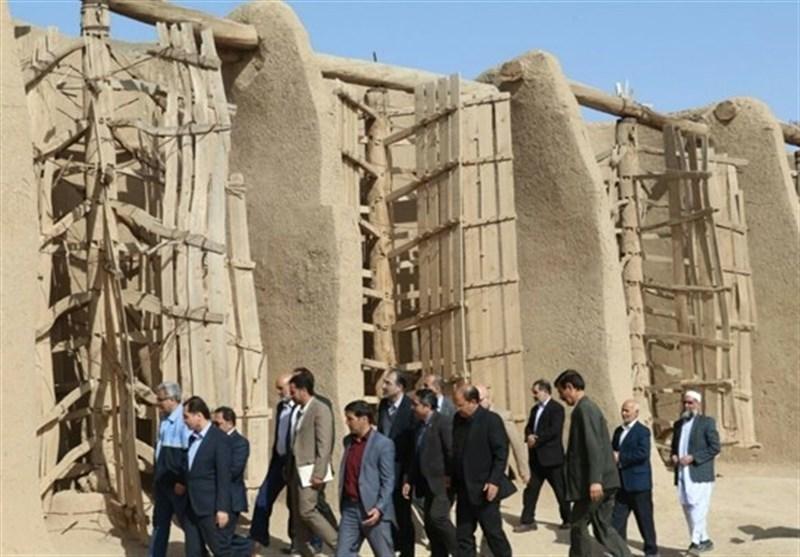 """چرا مردم جهان """"آسبادهای"""" ایران را نمیشناسند/ یکی از 10 شهر خشت و گل ایران کجاست؟"""