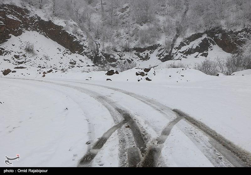 آخرین وضعیت راهها|جادههای 19 استان شاهد بارش برف و باران در روز 11 فروردین