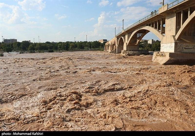 تازهترین اخبار بارندگی ایران| آمادهباش به 20 استان / وضعیت اضطراری در دورود / احتمال سیلاب در رودخانههای دز و کرخه + تصاویر
