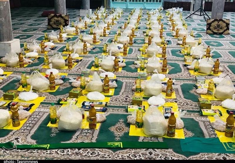 60 سبد غذایی توسط گروه جهادی شهدای مدافع حرم بین نیازمندان اهوازی توزیع شد+تصویر