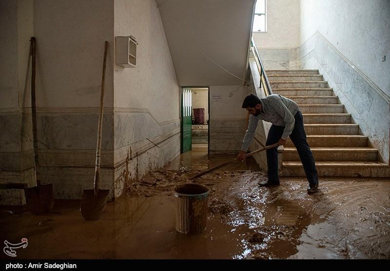 نمایندگان وزیر آموزش و پرورش از مدارس آسیبدیده حادثه سیل شیراز بازدید کردند