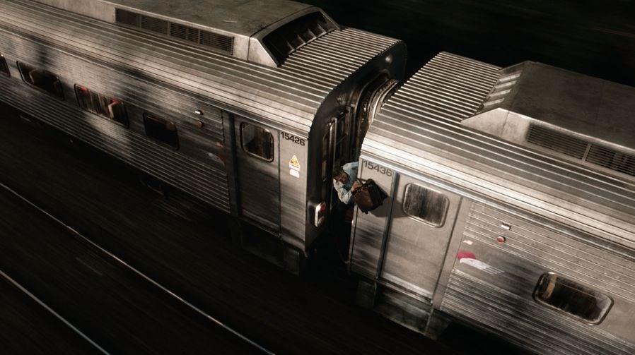 نقد و رمزگشایی فیلم The Commuter 2018 (مسافر همیشگی)