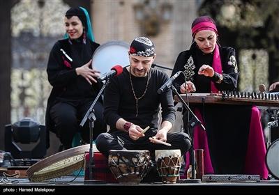 کنسرت گروه رستاک در میدان مشق تهران- اخبار خبری - اخبار تسنیم - Tasnim