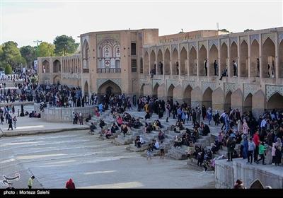اصفہان میں عید نوروز پر مسافروں کی آمد
