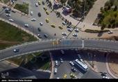 بیتوجهی برخی از مردم به هشدارها / حجم بالای تردد وسایلنقلیه در عوارضی آزاد راه تهران ـ قم + تصاویر