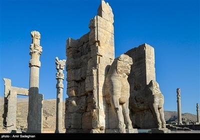 شیراز میں تخت جمشید کے تصویری مناظر