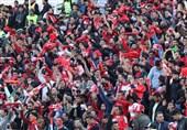 حاشیه دیدار سپاهان - پرسپولیس| درگیری تماشاگران در خارج از ورزشگاه