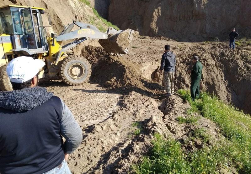 ساخت پل ارتباطی روستای «آقستین تپه»گلستان توسط سپاه امام رضا(ع)+عکس