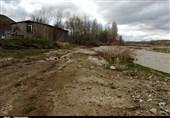 ضربه سنگین سودجویان بر پیکره محیط زیست/ برداشت غیر اصولی شن و ماسه از سطح رودخانههای استان زنجان