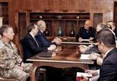 افشاگری رویترز از پیشنهادهای خلیلزاد برای تکمیل روند آزادی زندانیان طالبان