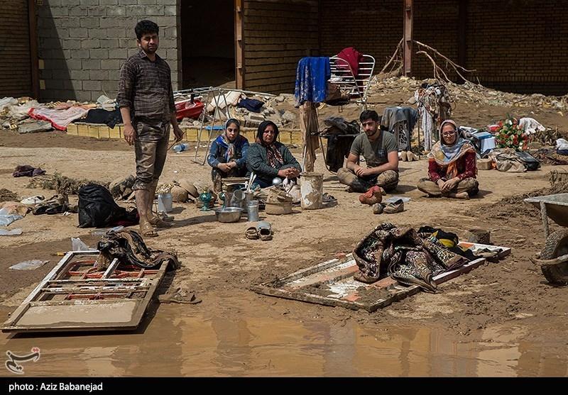 پرداخت کمکهای بلاعوض معیشتی به سیلزدگان لرستان آغاز شد