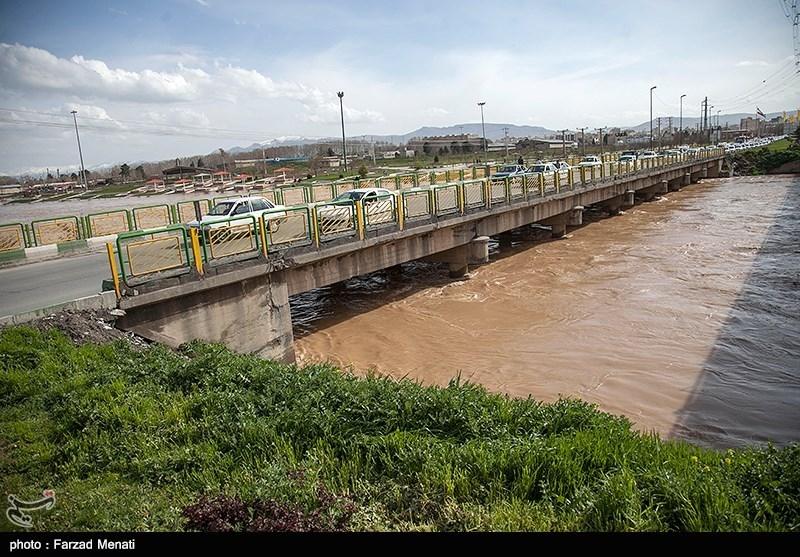 افزایش بیسابقه حجم ورودی سیلاب رودخانه هیرمند افغانستان به منطقه سیستان