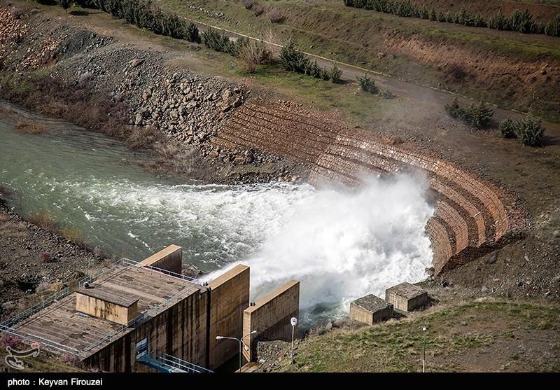 سد گاران مریوان در استان کردستان سرریز کرد