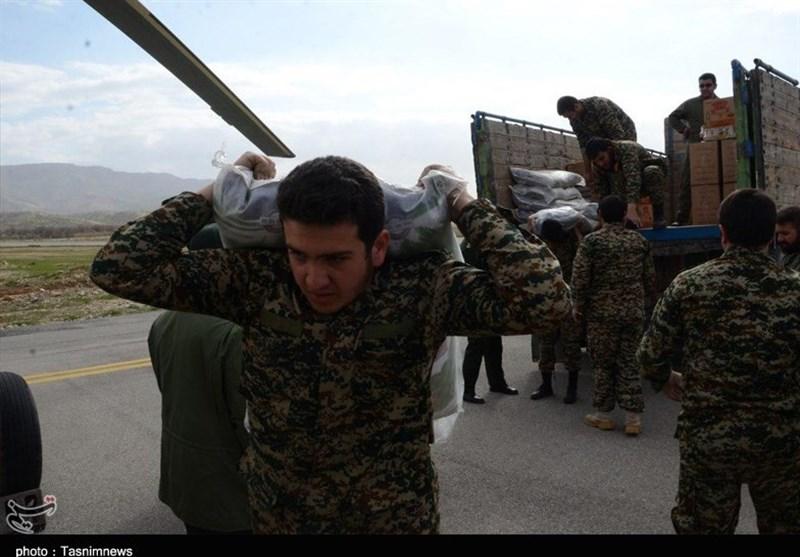 تجلی عشق و ایثار سپاه امیرالمومنین(ع) در مناطق سیلزده ماژین به روایت تصویر