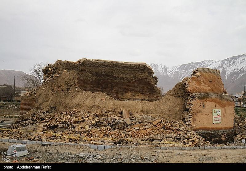 تخریب ابنیه تاریخی آران و بیدگل در سایه سکوت مسئولان/هویت منطقه در حال نابودی است