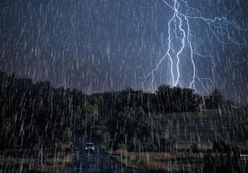 بارش باران سیلآسا در تهران+فیلم