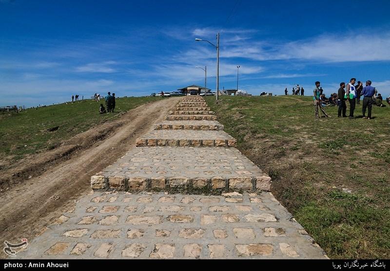 آرامگاه قوش تپه اکنون به عنوان محل نگهداری دام های مردم محسوب میشود