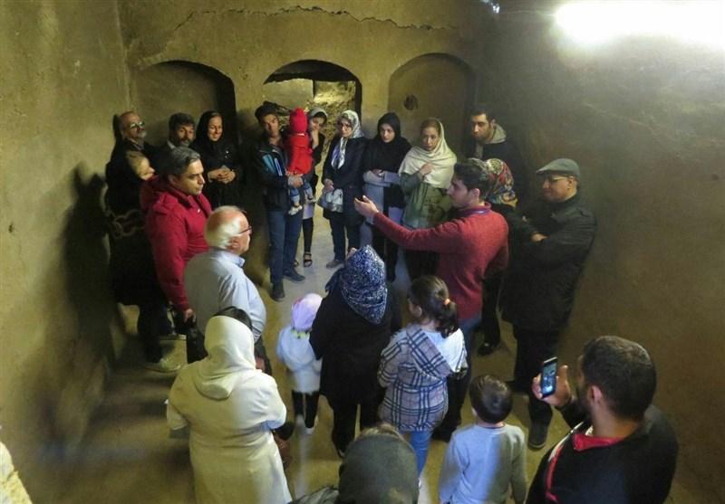 کاشان  4 هزار گردشگر داخلی و خارجی از آثار تاریخی و فرهنگی سفیدشهر بازدید کردند