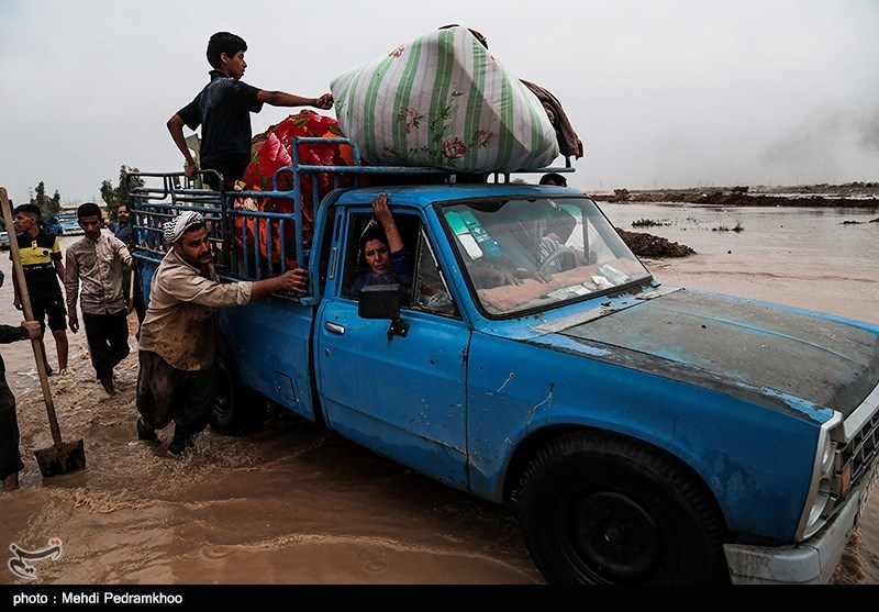 Karkhe Dam in Southwest Iran Overflows, Residents Ordered to Evacuate