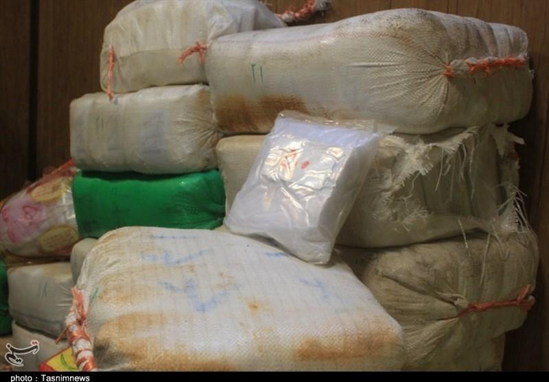 کشف 2 لابراتوار تولید شیشه در گلستان؛ دستگیری 11000 نفر از عاملان تهیه و توزیع موادمخدر