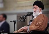 امام خامنهای: توطئه آمریکا بیپاسخ نخواهد ماند/ هر مقدار اراده کنیم نفت صادر میکنیم
