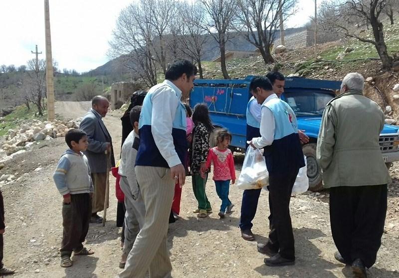 توزیع 3000وعده غذای گرم بین سیلزدگان کوهدشت؛ کمک بلاعوض به بیمهشدگان خسارتدیده پرداخت میشود