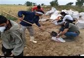 فعالیت گروه جهادی وصال صحنه در مناطق سیلزده استان لرستان+ تصاویر