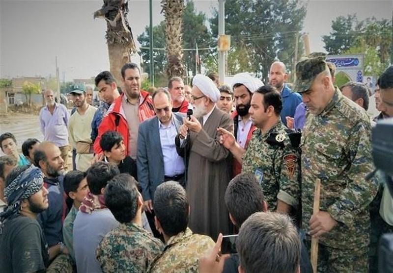 کمک به سیلزدگان خوزستان فریضهای برای مردم و مسئولان است