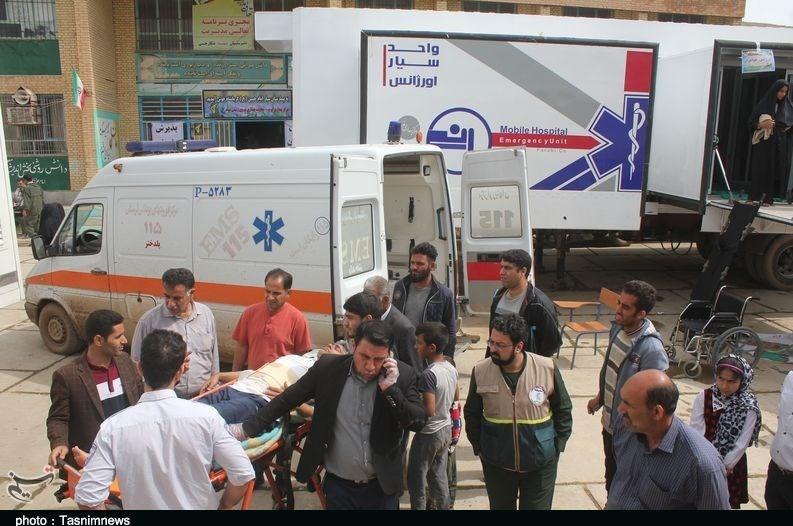 ویزیت رایگان 95 هزار نفر در بیمارستانهای صحرایی سپاه و ارتش؛ بیماری عفونی در مناطق سیلزده گزارش نشده است