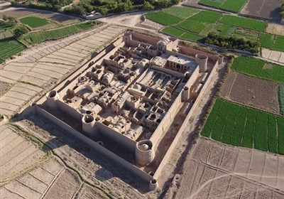 Mehrpadin Castle in Central Iran - Tourism news