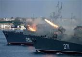 قدرتنمایی ناوگان دریای سیاه روسیه همزمان با برگزاری مانور نظامی ناتو در منطقه