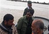 بوشهر|منطقه دوم دریایی سپاه با 60 شناور به سیلزدگان خوزستانی امدادرسانی میکند