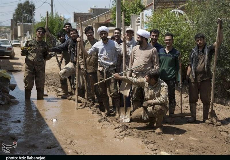 11000 گروه جهادی آماده همکاری در مناطق سیلزده لرستان هستند