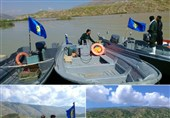 ورود قایقهای نیروی دریایی سپاه در خدمت رسانی به سیل زدگان سیروانی