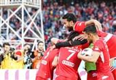 لیگ برتر فوتبال|خیز بلند پرسپولیس برای قهرمانی/ سرخهای تهران فاصله خود را با مدعیان بیشتر کردند