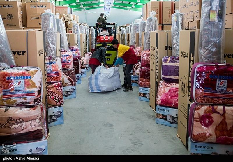 800 سری لوازم خانگی بین مددجویان سیلزده شهرستان آققلا توزیع شد