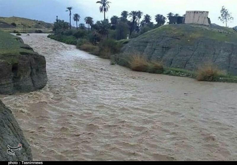 کرمان|طغیان رودخانههای جیرفت به روایت تصویر