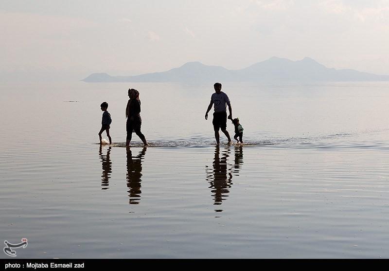 طبق آخرین اندازه گیری های صورت گرفته در 24 فروردین 1398 آب این دریاچه هزار و 271 متر است . ارتفاع آن در مقایسه با سال گذشته 62 سانتی متر و وسعت دریاچه نیز نسبت به زمان مشابه سال گذشته 580 کیلومتر مربع افزایش داشته است .