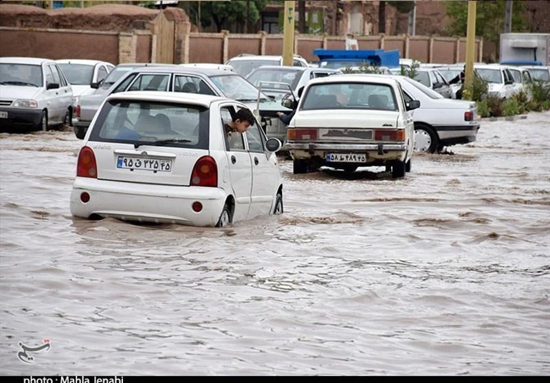 خسارت سیل و آبگرفتگی در مناطق حاشیه بجنورد؛ گروههای جهادی سپاه به میدان آمدند