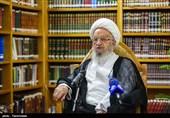 آیتالله مکارمشیرازی: شکایت مهریه عدهای را گرفتار کرده است / حمایت قاطع از مسئله عفاف و حجاب