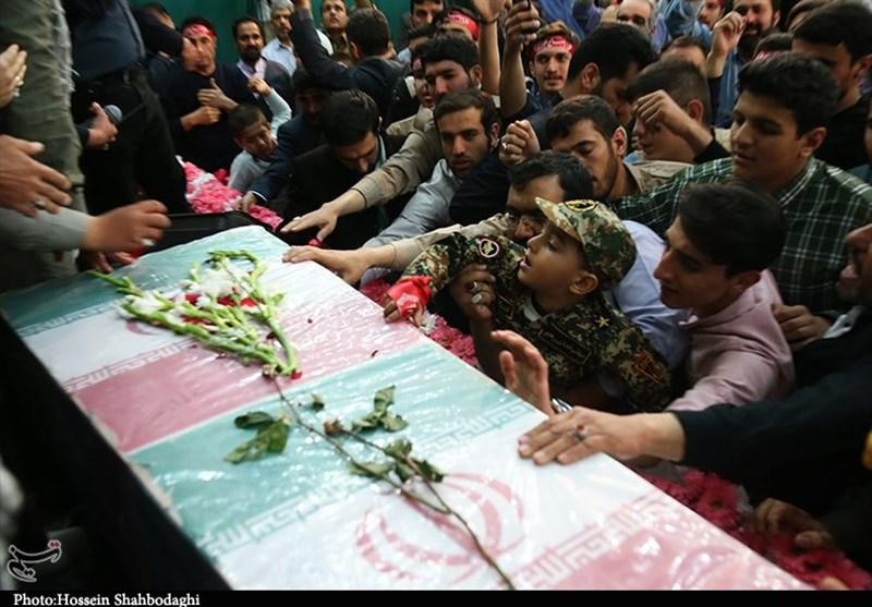 پیکر پاک شهید مدافع امنیت در شوش دانیال تشییع میشود