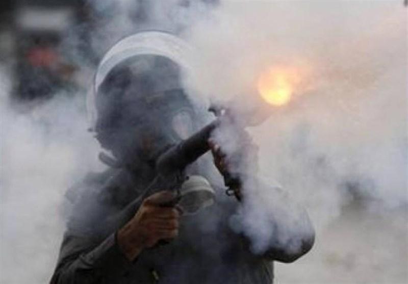 حمله صهیونیستها به شهرکی در کرانه باختری؛ دهها فلسطینی دچار حالت خفگی شدند