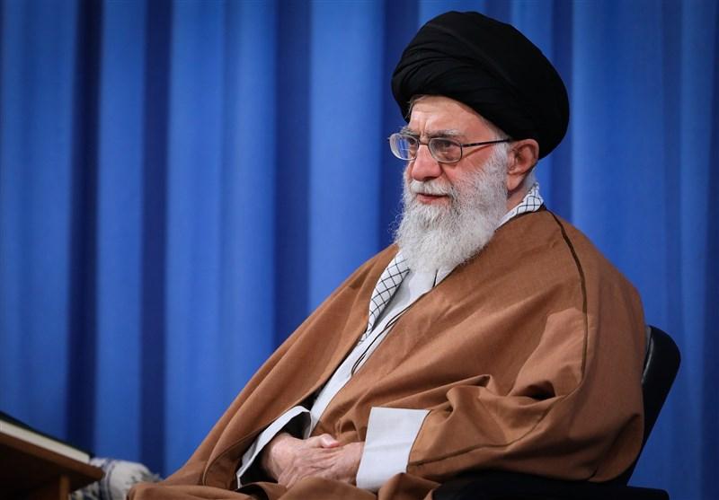 جمعی از طلاب حوزههای علمیه با امام خامنهای دیدار کردند