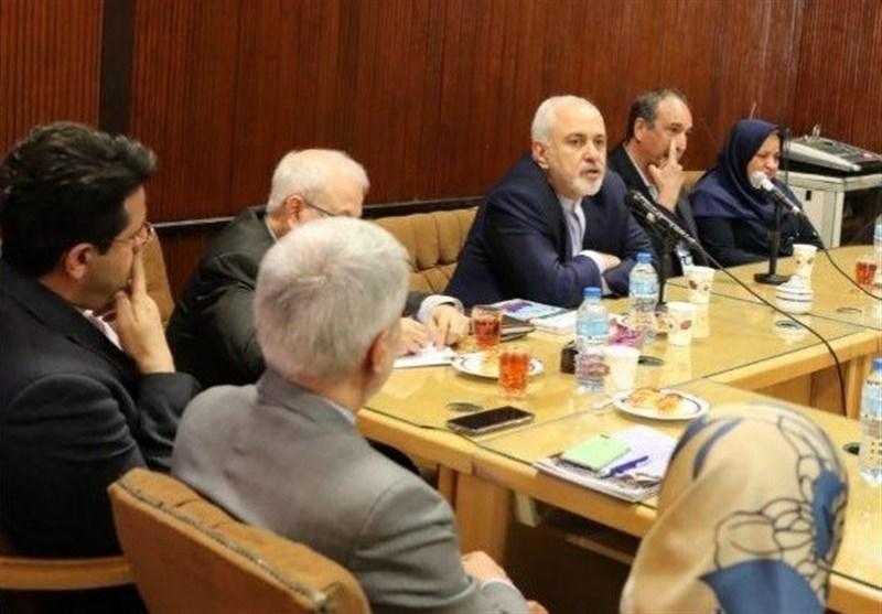 حضور ظریف در جمع اساتید دانشکده حقوق و علوم سیاسی دانشگاه تهران