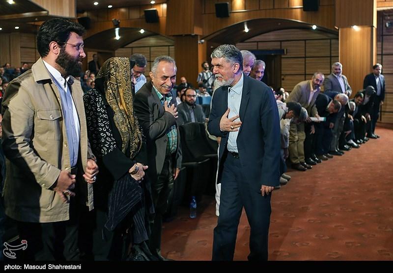 سید عباس صالحی وزیر فرهنگ و ارشاد در آیین اختتامیه هفته هنر انقلاب اسلامی