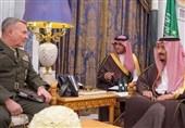 دیدار فرمانده تروریستهای آمریکایی با شاه عربستان