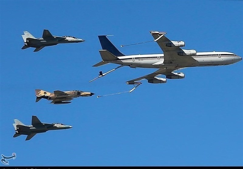 Iranian Fighter Jets Stage Drill ahead of National Army Day