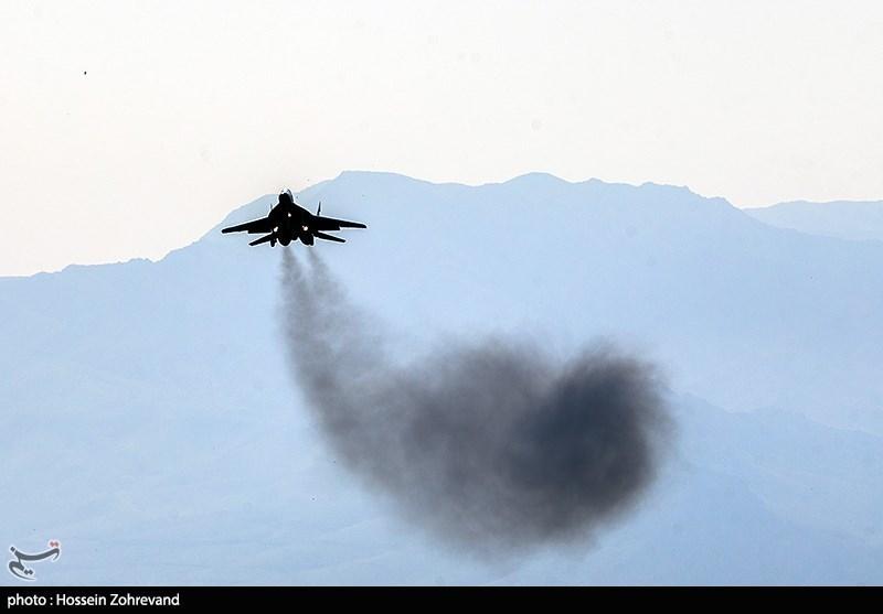 رژه تمرینی جنگنده های نیروی هوایی ارتش