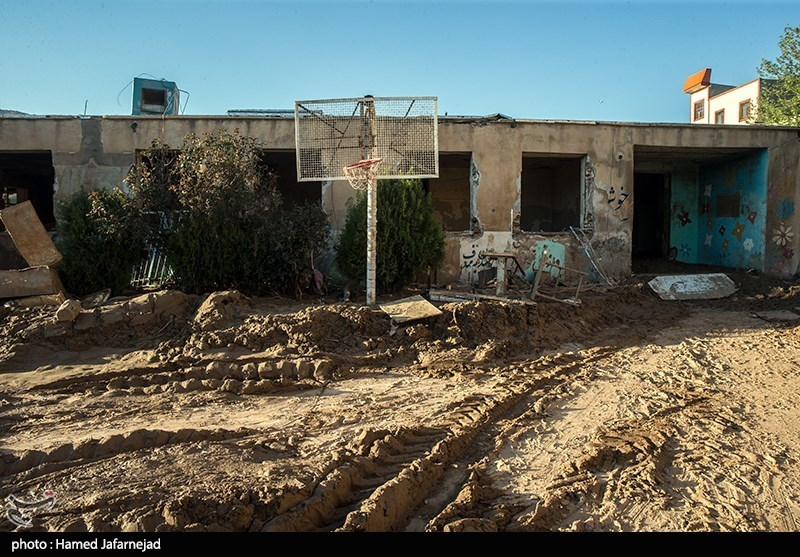 دردودل کشاورز معمولانی از خسارت سیل به منزل مسکونیاش که با وام 25 درصد ساخته بود + فیلم