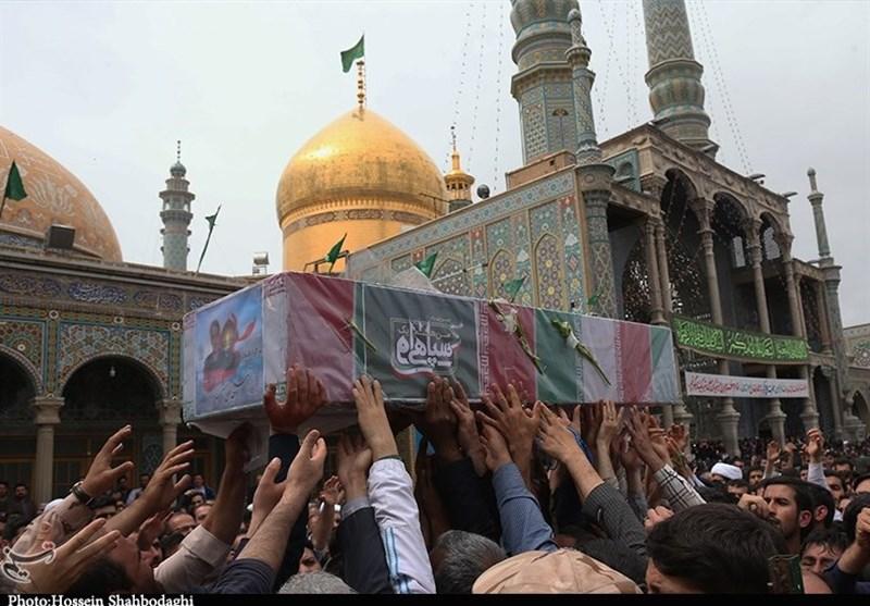 """تشییع پیکر شهید مدافع حرم""""جلالی نسب"""" پس از دو سال در قم به روایت تصویر"""